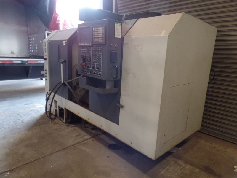 """Leadwell T-7, Fanuc 0i-TD, 20.4"""" SW, 13.8"""" Max. Turn Dia. x 21.6"""" Max. Turn Length, 2.4"""" Spindle - Image 3 of 6"""