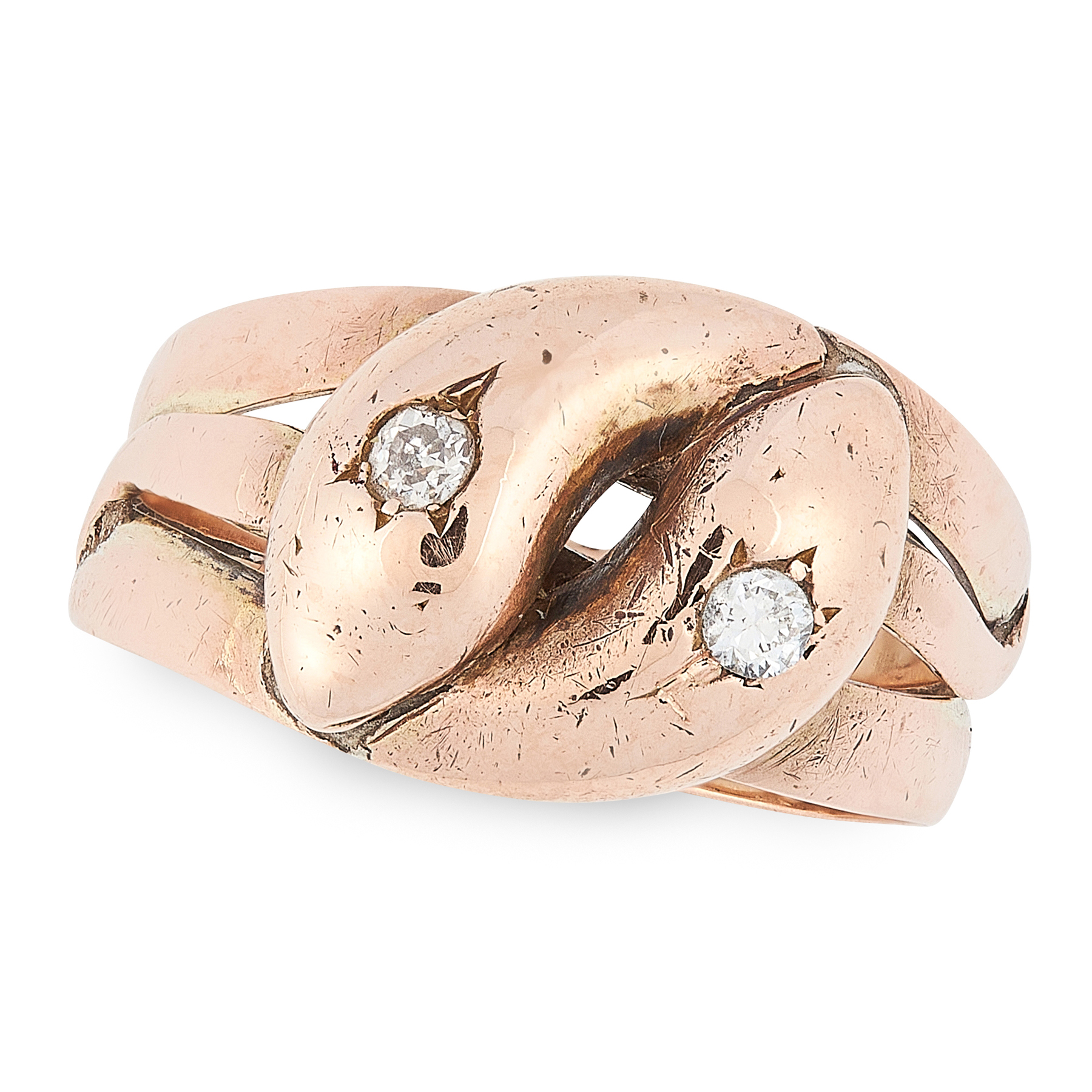 AN ANTIQUE DIAMOND SNAKE RING in yellow gold, designed as two snakes, coiled around each other,
