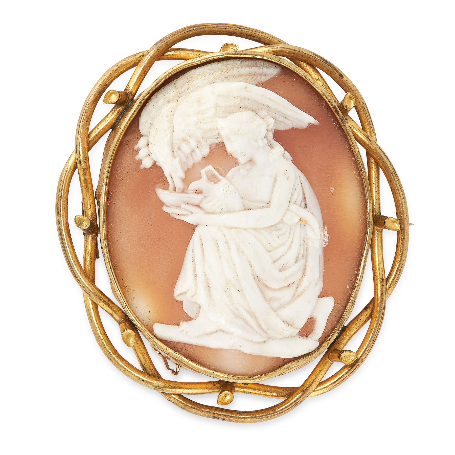 AN ANTIQUE VICTORIAN CAMEO BROOCH, 19TH CENTURY in pinchbeck, of oval form, carved to depict a scene