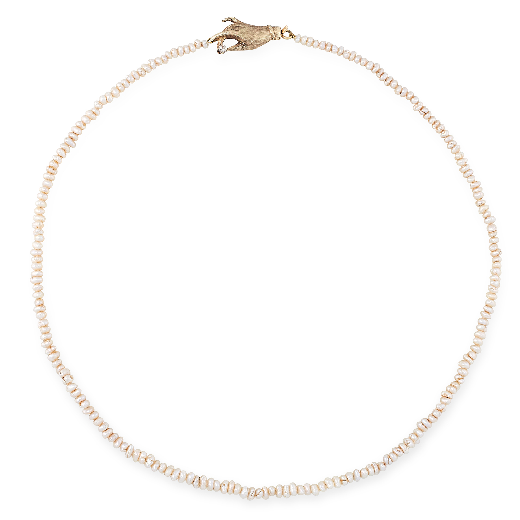 AN ANTIQUE SEED PEARL AND DIAMOND NECKLACE in yellow gold, comprising a single row of seed pearls,