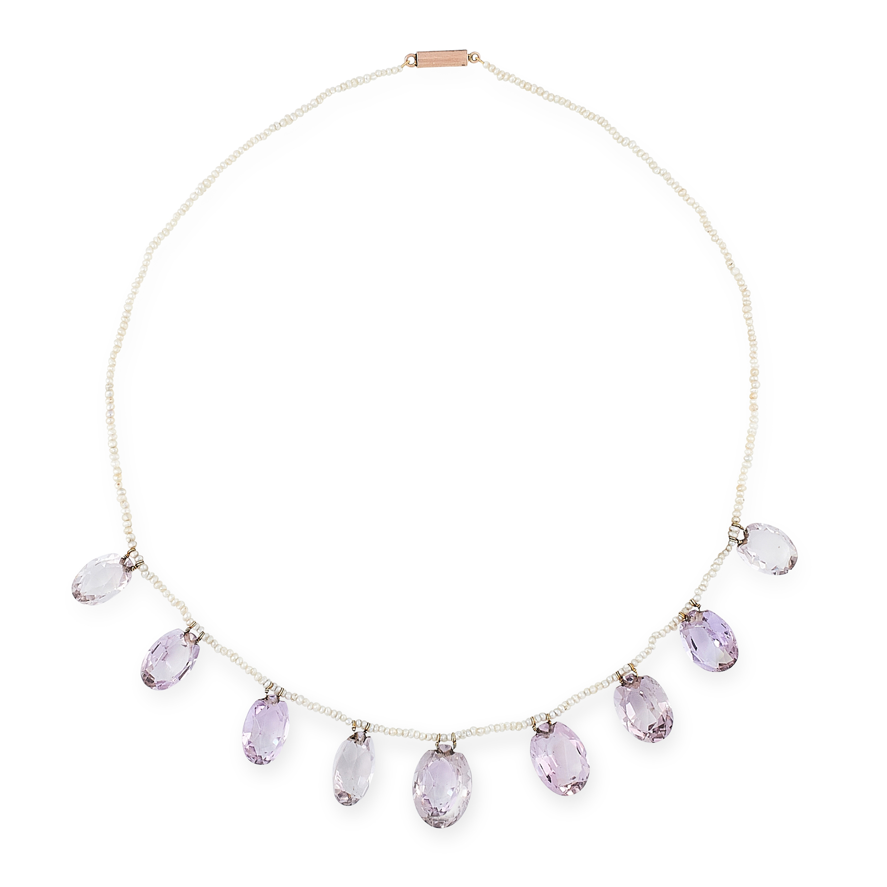 AN ANTIQUE AMETHYST AND SEED PEARL NECKLACE, 19TH CENTURY formed of a single row of seed pearls,