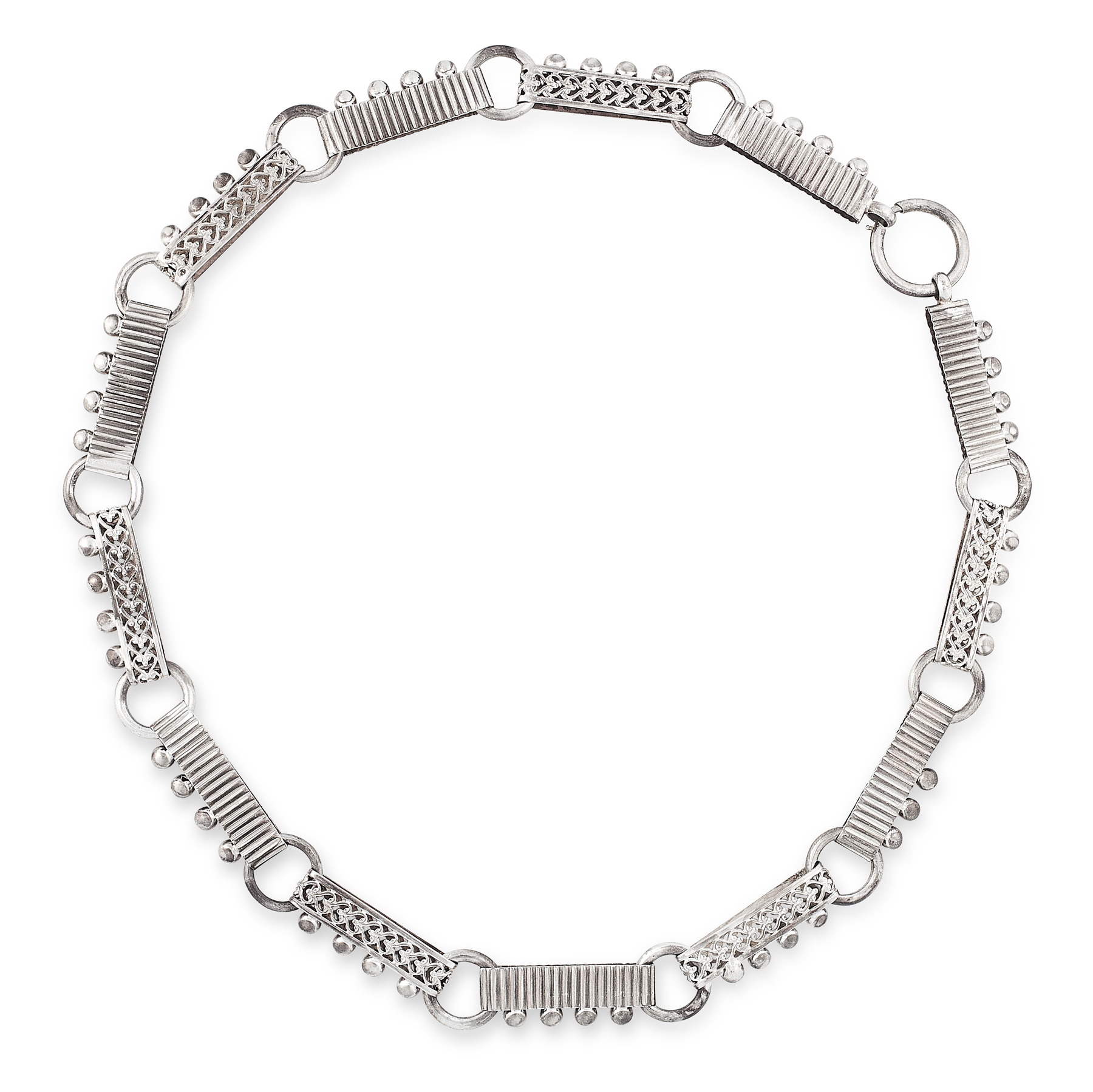 AN ANTIQUE VICTORIAN COLLAR NECKLACE in silver, designed as alternating elongated links with