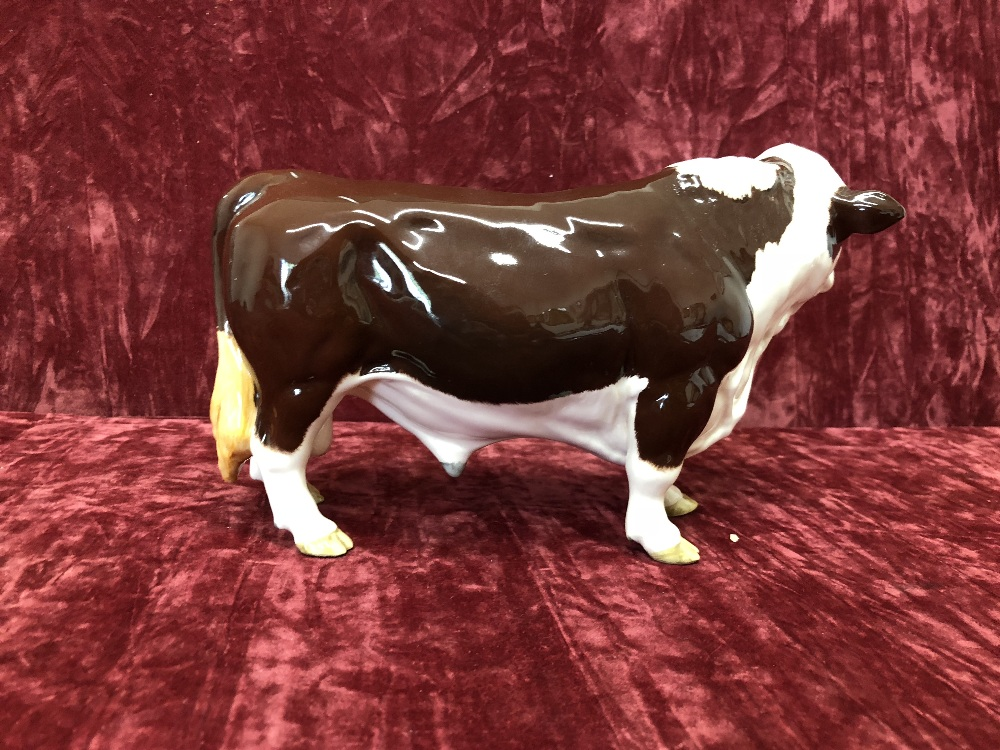 Lot 14 - A Beswick polled Hereford bull.