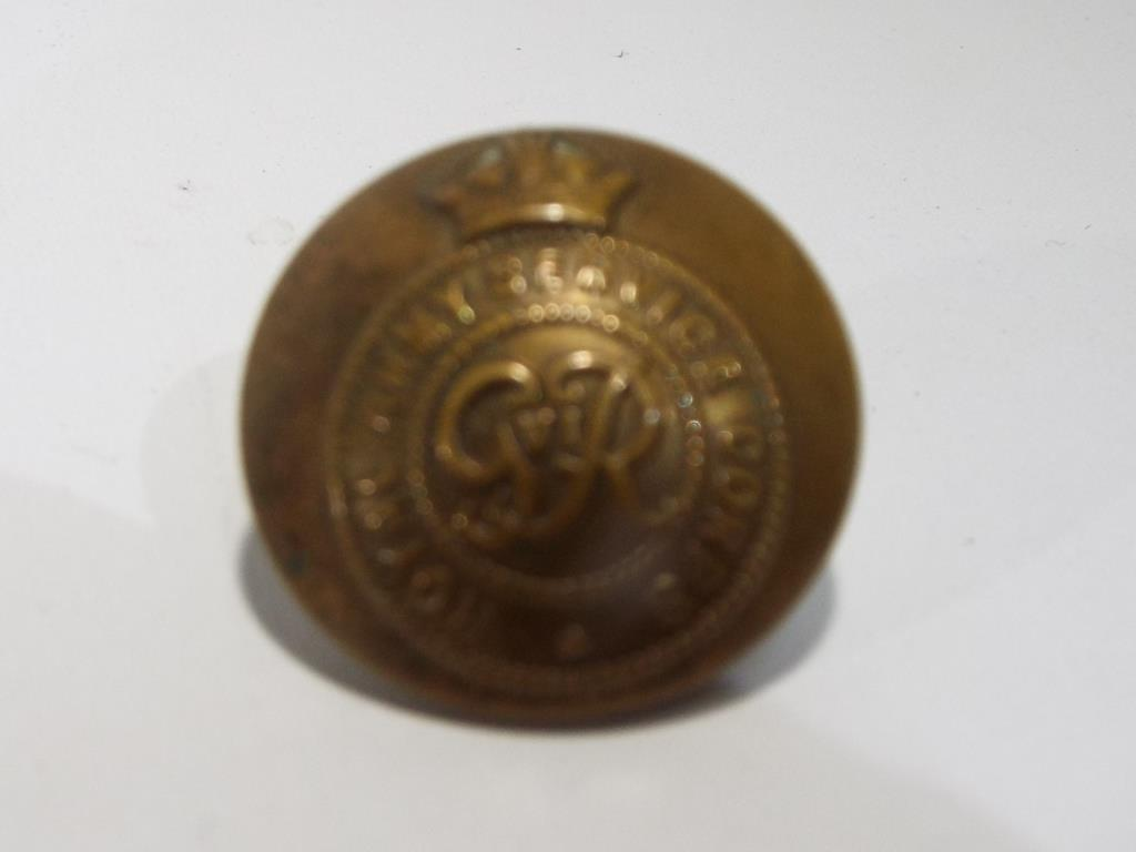 Lot 51 - Sixteen military buttons all displaying logo and marked Royal Army Service Corps marked verso ED