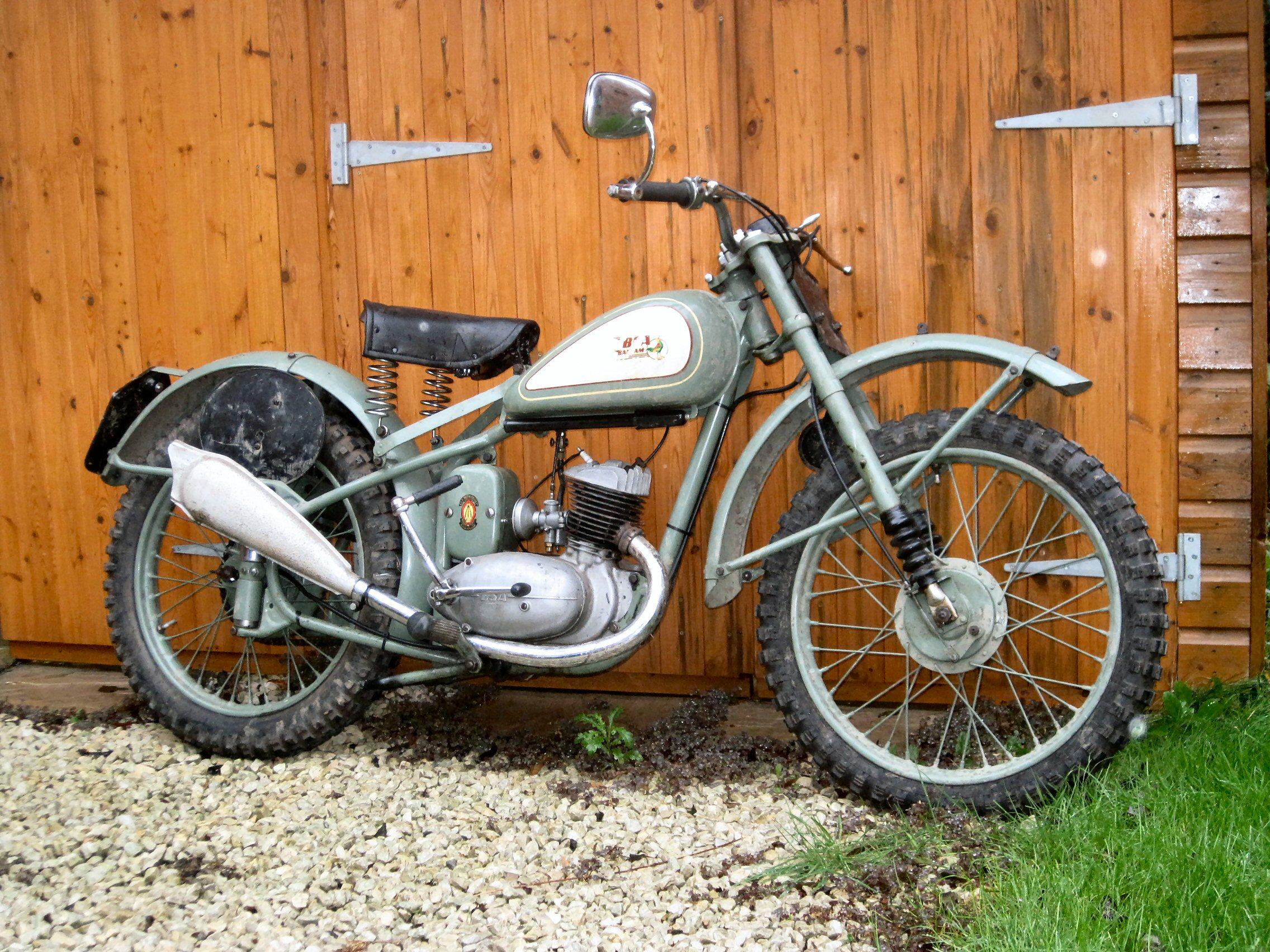 1950 125cc BSA Bantam D1 Competition Reg. No. UVS 405