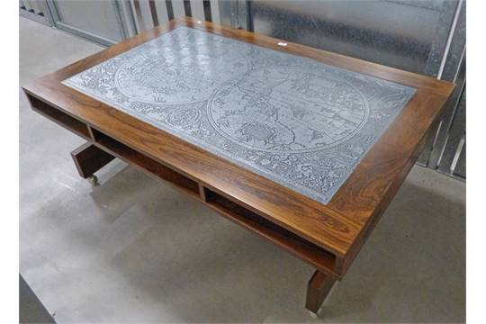 Late 20th Century Coffee Table With World Map Insert To Top And 4 Drawers By Uiferts Sweden