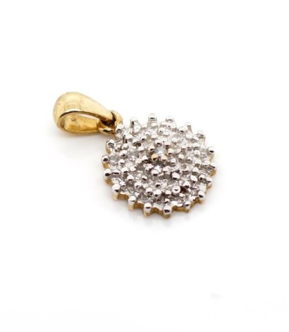 Lot 56 - Diamond cluster and 9ct yellow gold pendant
