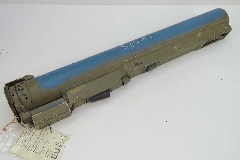 Lot 5 - A deactivated (EU Spec) M72 LAW rocket l