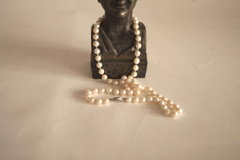 Lot 3 - Collier de perles de culture (7,5 mm), monture en argent 835 - Poids : 39,6 g - [...]