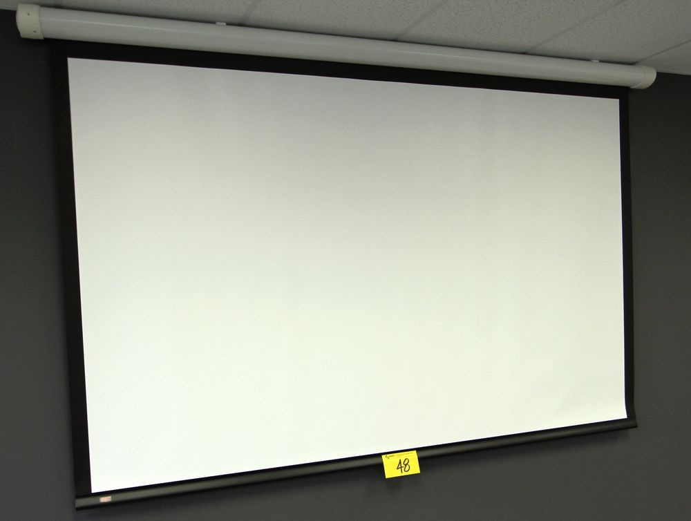 DRAPER WALL MOUNTED ELECTRIC POWERE PROJECTOR SCREEN C/W REMOTE