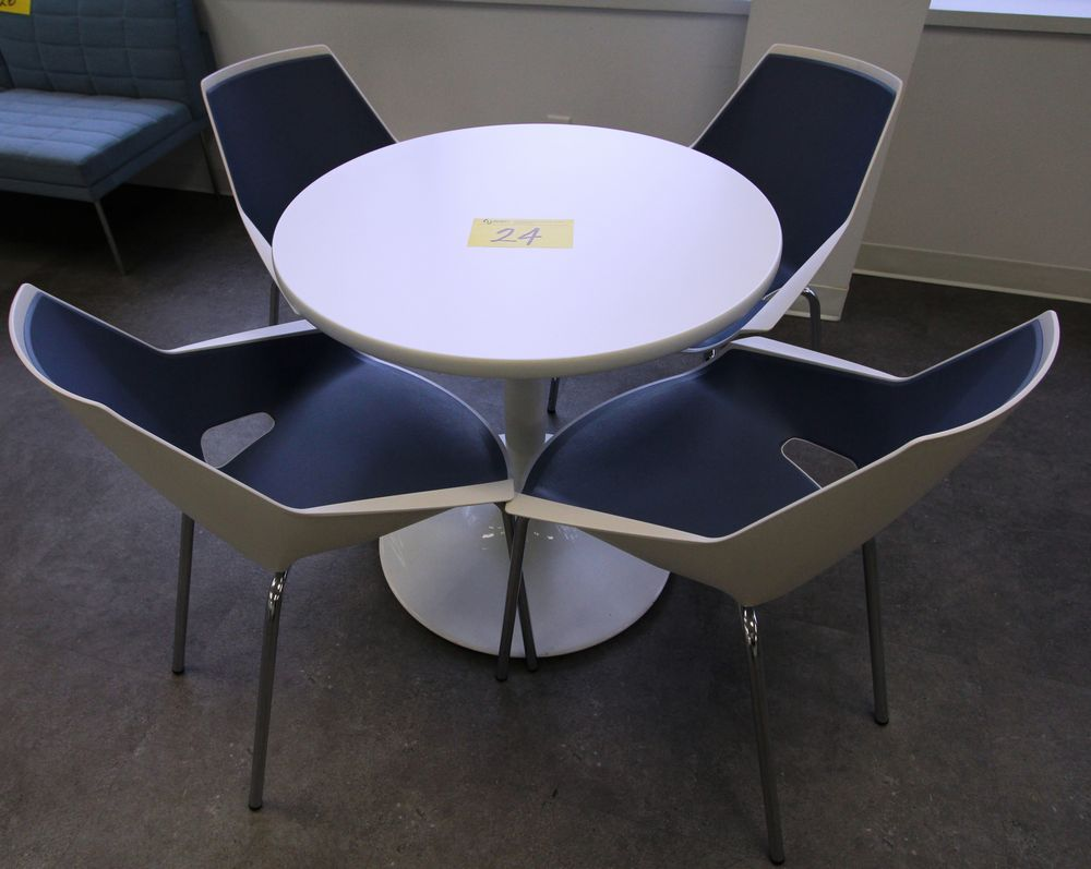 ROUND SINGLE PEDESTAL TABLE C/W (4) VIVA CHROME & PLASTIC CHAIRS