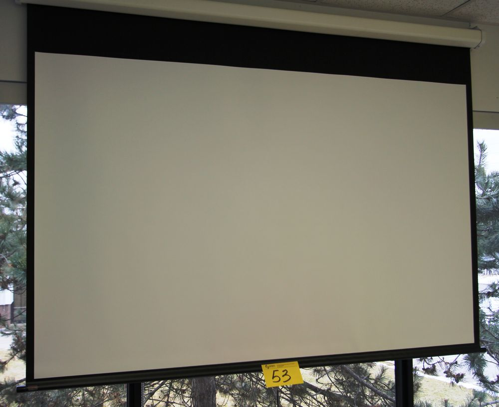 DRAPER WALL MOUNTED ELECTRIC POWERE PROJECTOR SCREEN