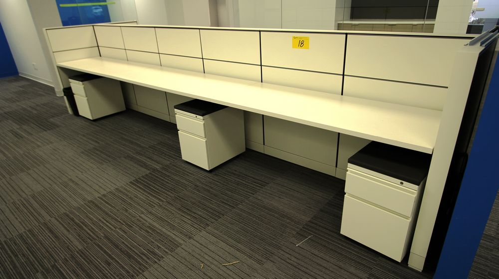"2016 HERMAN MILLER 23"" X 180"" LONG DOUBLE SIDED WORKSTATION C/W (6) STORAGE CABINETS, ALL POWERED - Image 3 of 3"