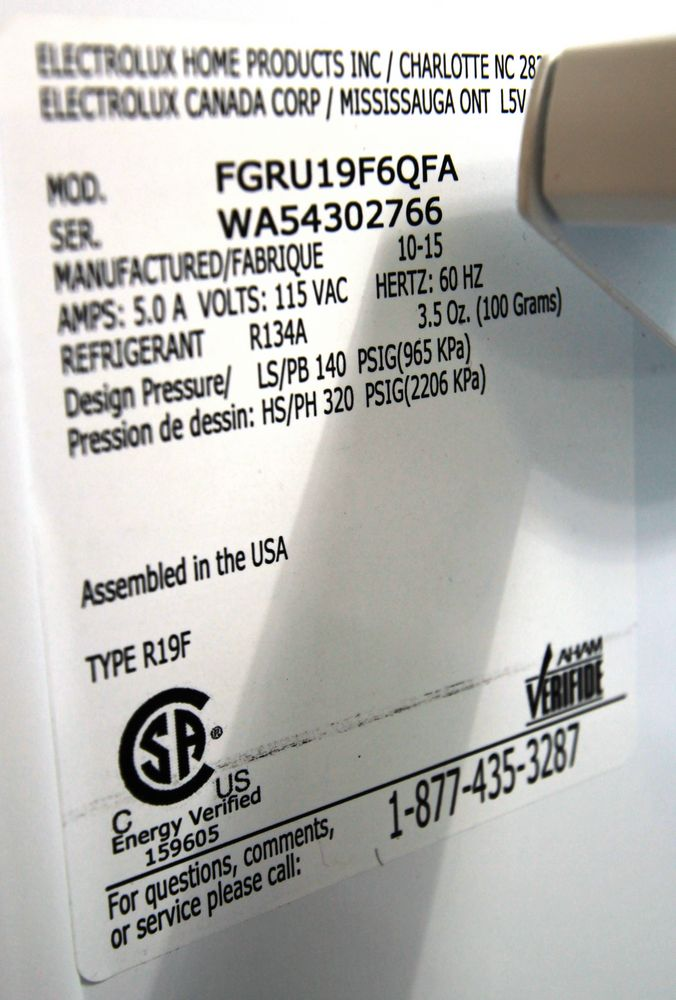 FRIGIDAIRE GALLERY MODEL FGRV19F6QFA FRIDGE, S/N WA54302766 - Image 5 of 5