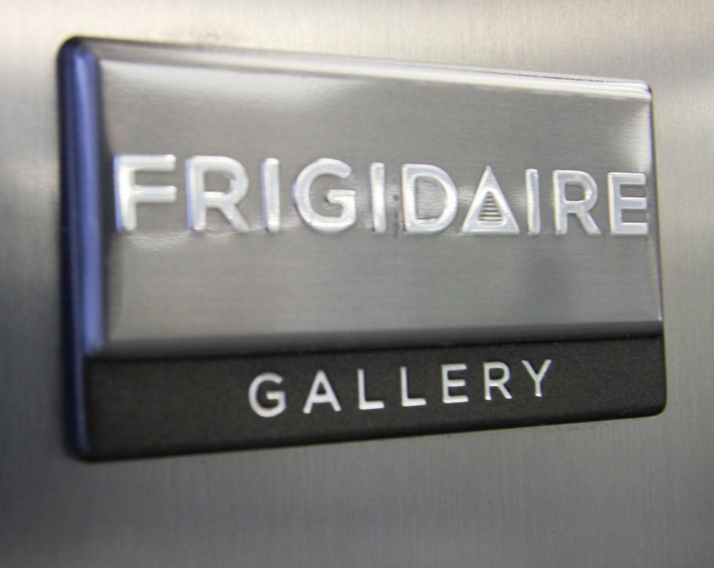 FRIGIDAIRE GALLERY MODEL FGRV19F6QFA FRIDGE, S/N WA54302766 - Image 2 of 5