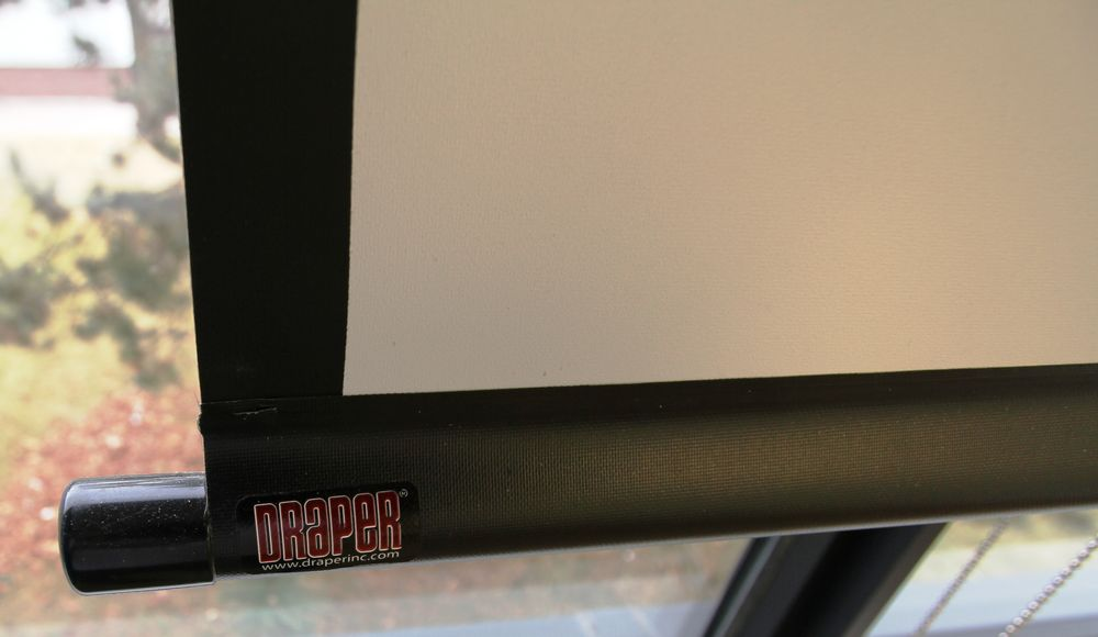 DRAPER WALL MOUNTED ELECTRIC POWERE PROJECTOR SCREEN - Image 2 of 2