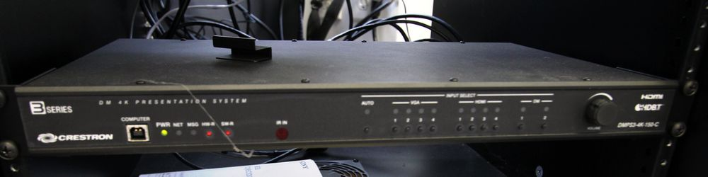 CRESTRON VIDEO SYSTEM C/W JBL CSA1120Z DRIVECODE UNIT & PORTABLE STORAGE RACK - Image 4 of 4