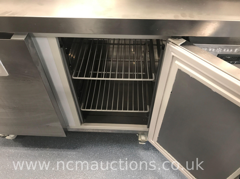 Lot 30 - Snowflake Refrigerator