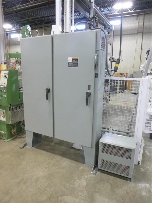 Lot 6 - ABB Automation robotic vinyl window frame punch system, mod. IRB-4400 M2004, ser. no. 44-50570 c/w