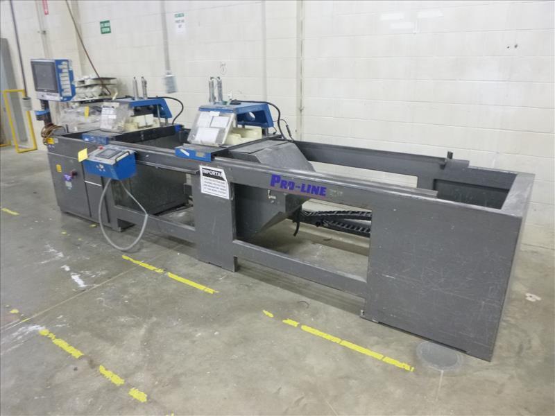 Lot 5 - Pro-Line double-mitre saw, mod. DMT220P , ser. no. 88236 (ca. 2008), c/w change parts