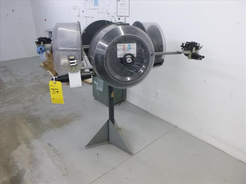 Lot 37 - Edgetech reel stand
