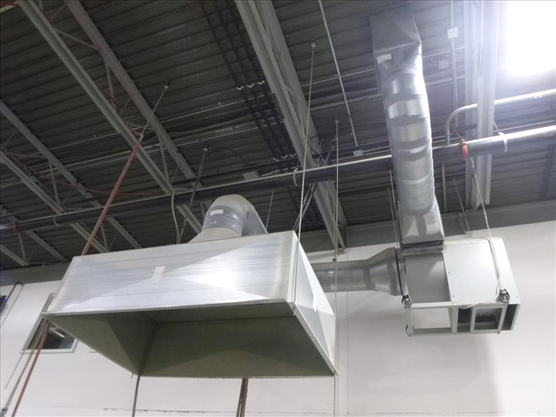 Lot 42 - exhaust hood w/ blower (ceiling cap required)