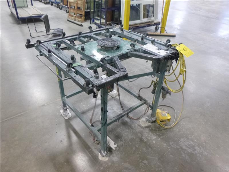 Lot 45 - gunning table (shop-built)