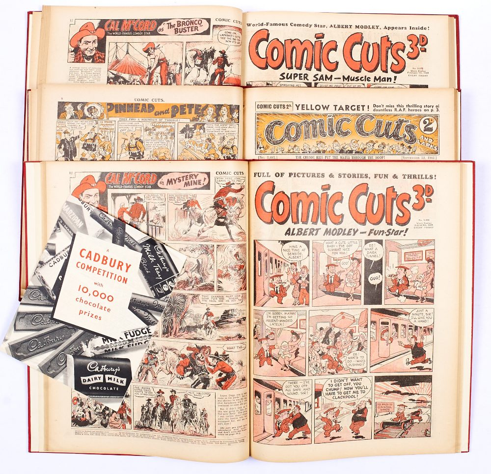 Lot 60 - Comic Cuts (Jul-Dec 1942) 2692-2705 with (Jan-Sept 1953) 2970-3006 last issue. In 3 bound volumes