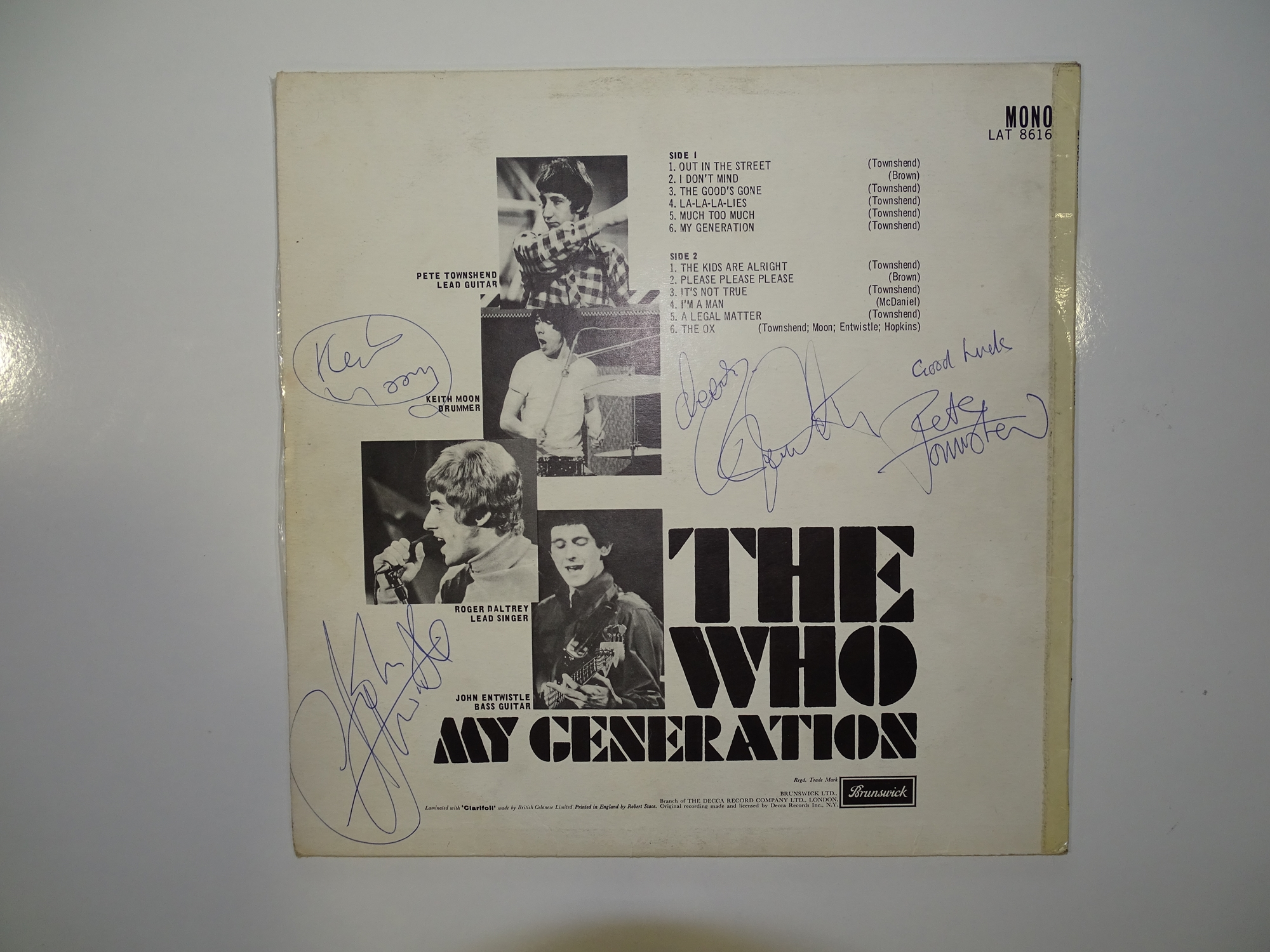 THE WHO - MY GENERATION - First pressing album signed by the four band members to the rear. An - Image 2 of 13