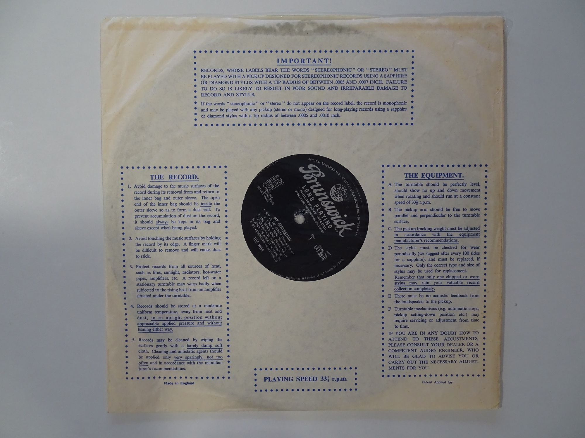 THE WHO - MY GENERATION - First pressing album signed by the four band members to the rear. An - Image 7 of 13