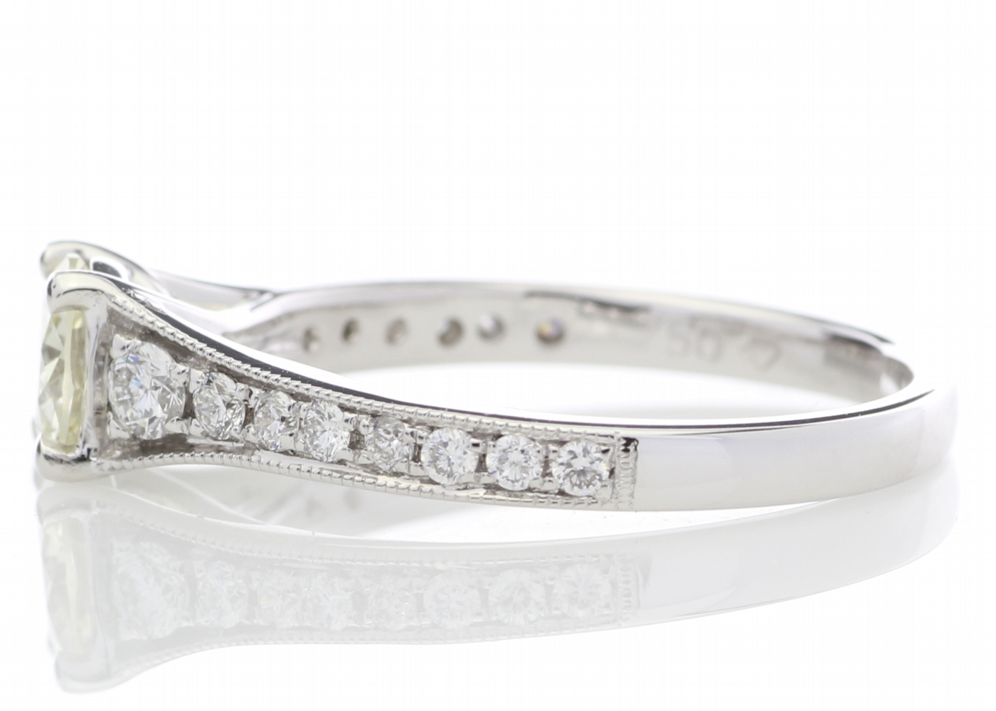 18ct White Gold Diamond Ring With Stone Set Shoulders 0.80 Carats - Image 3 of 5