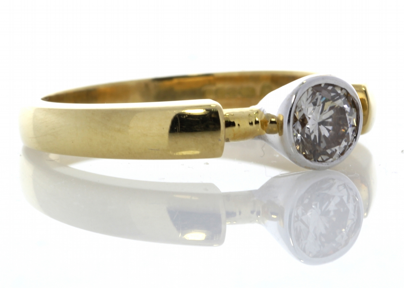 18ct Rub Over Set Diamond Ring 0.53 Carats - Image 4 of 5