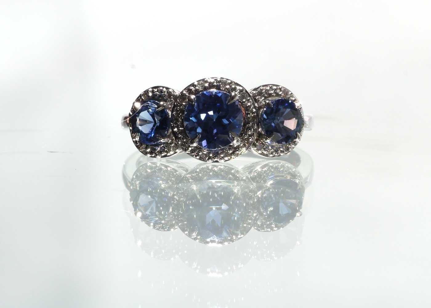 9ct White Gold Created Ceylon Sapphire And Diamond Ring - Image 2 of 6