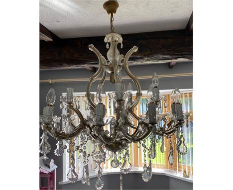 A LARGE TRADITIONAL MURANO STYLE FIFTEEN BRANCH CRYSTAL CHANDELIER, with numerous size and shaped droppers and adornment, app