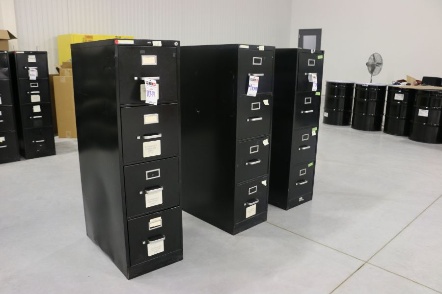 Lot 1044 - 4 Drawer Filing Cabinets