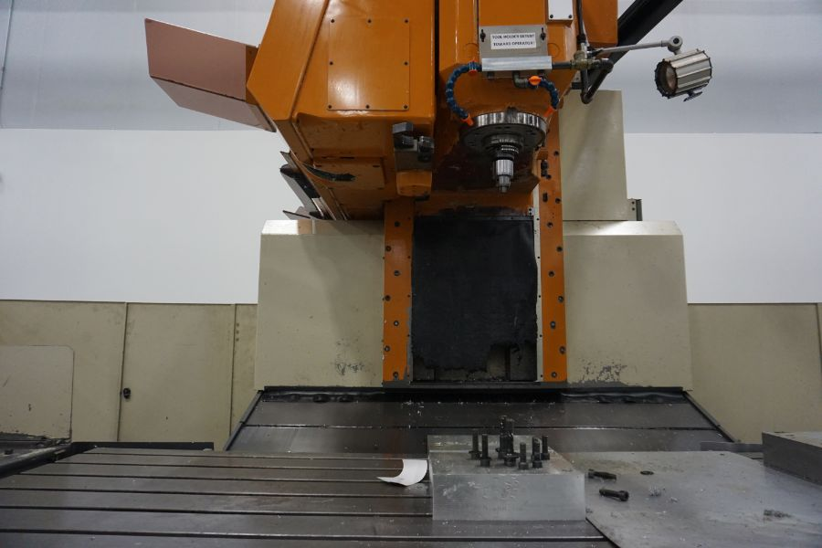 LeBlond Makino FNC 178 4-Axis, Fanuc 11M Ctrl, 79'' x 31''x 31''x 27'' Travels, 3,200 RPM, with 30 - Image 8 of 14