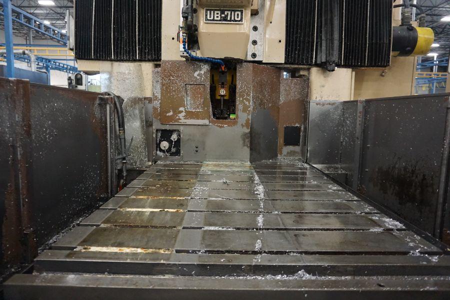 "Urawa UB-710 VMC , Fanuc System 6M Control, 32"" x 46"" Table, BT40, 22 ATC, s/n M-2090, New 1984 - Image 7 of 11"