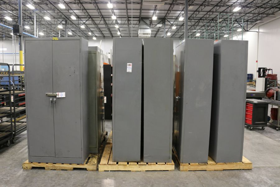 Lot 884 - Assorted 2 Door Cabinets