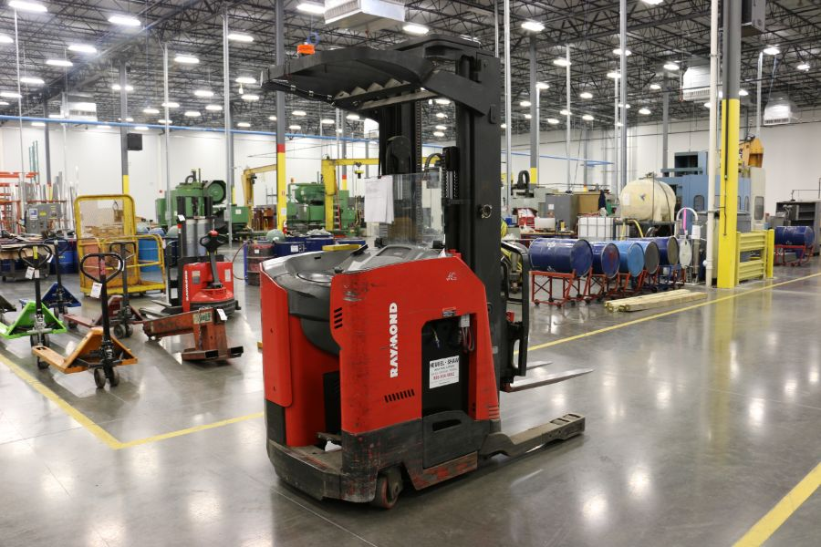 Lot 913 - Raymond 740 DR32TT Electric Narrow Aisle Double Reach 4000 Lbs. Cap. Electric Forklift