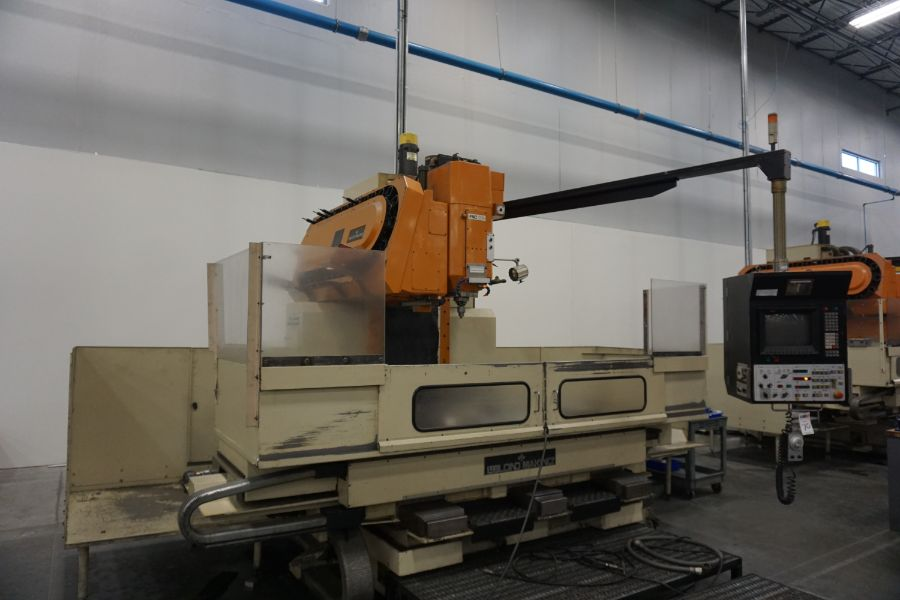 LeBlond Makino FNC 178 4-Axis, Fanuc 11M Ctrl, 79'' x 31''x 31''x 27'' Travels, 3,200 RPM, with 30 - Image 6 of 14