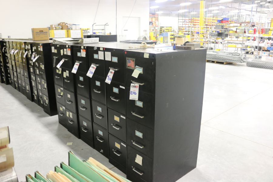 Lot 1046 - 4 Drawer Filing Cabinets