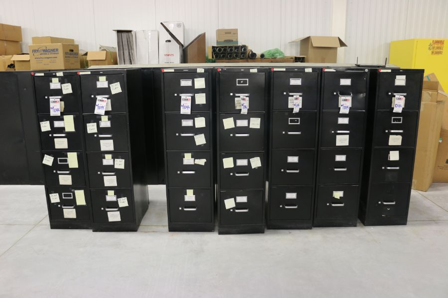 Lot 1045 - 4 Drawer Filing Cabinets