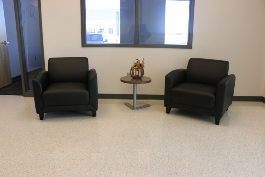 Lot 1069 - Front Desk, Chair, and (2) Leather Chairs