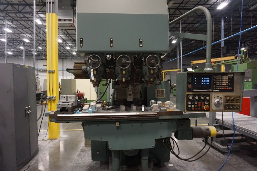 """Makino Three D, 3 Spindle VMC, Fanuc GN6 Series Control, 20"""" x 72"""" Table - Image 2 of 11"""