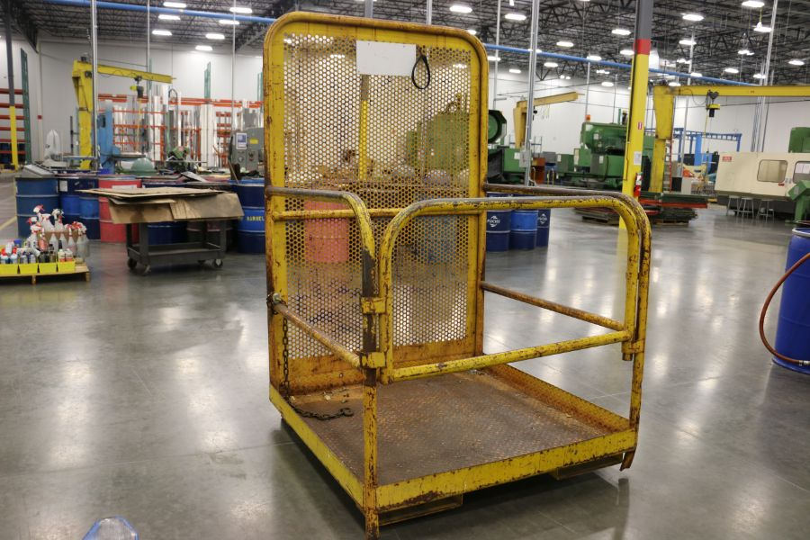Lot 911 - Forklift Safety Cage