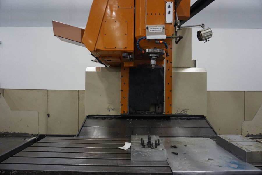 LeBlond Makino FNC 178 4-Axis, Fanuc 11M Ctrl, 79'' x 31''x 31''x 27'' Travels, 3,200 RPM, with 30 - Image 7 of 14