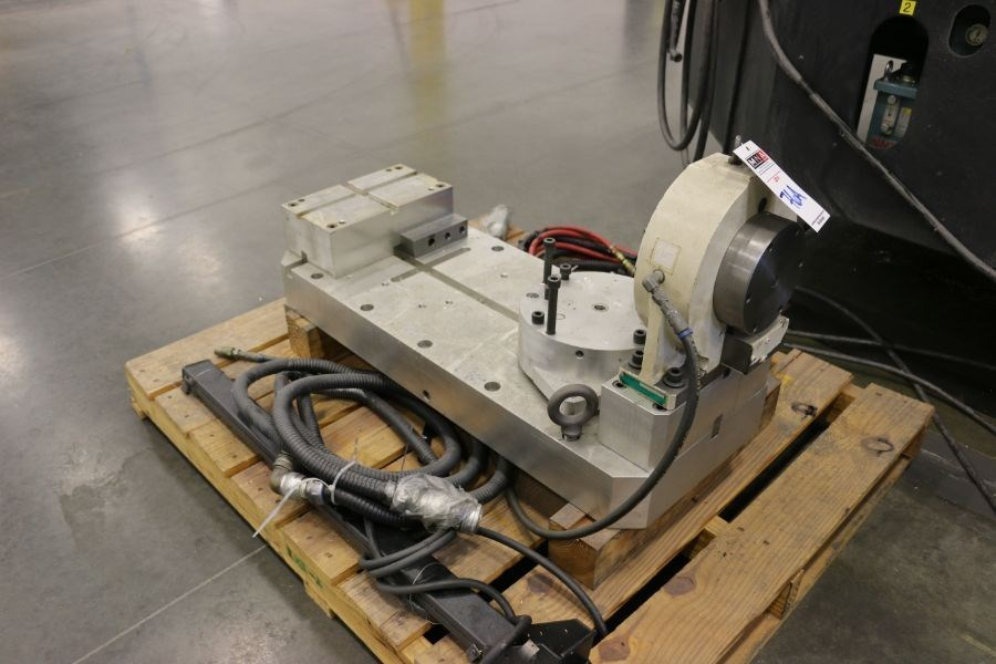 """OKK HM800 5-Axis, Fanuc 31i Model A5, (2) 32"""" Pallets, 12k RPM, CT50, 60 ATC, New 2011 with 12"""" - Image 12 of 17"""