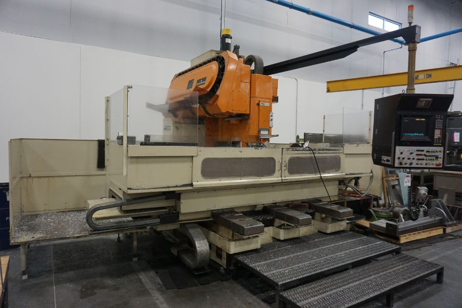 """Makino FNC-208 4-Axis VMC, Fanuc 6M Control, 32"""" x 98"""", 3200 rpm, 30 ATC, CT50, s/n 81 with 16"""" - Image 3 of 16"""