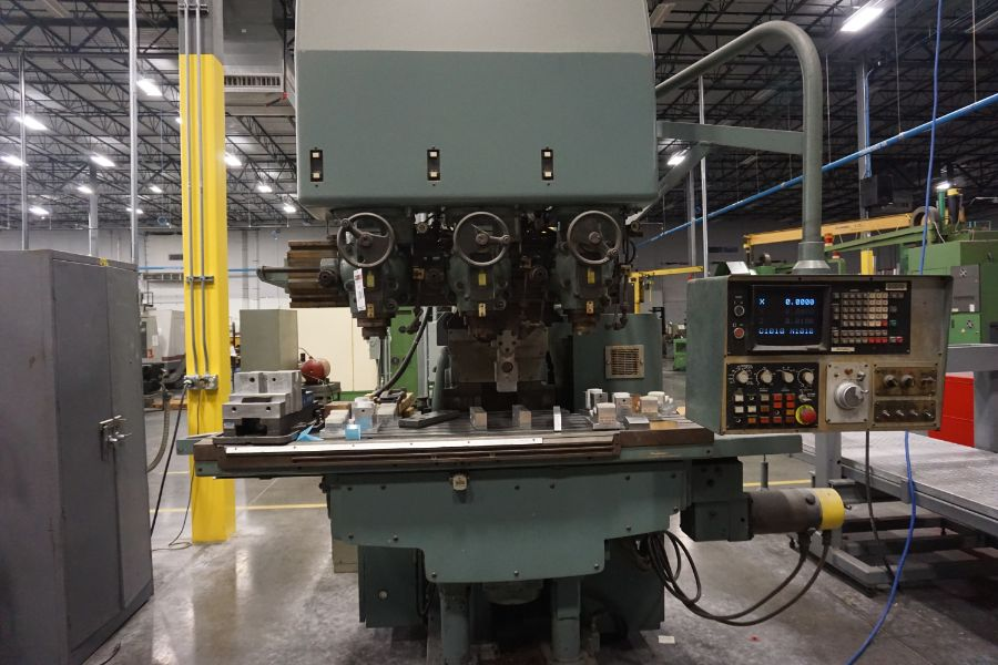 """Makino Three D, 3 Spindle VMC, Fanuc GN6 Series Control, 20"""" x 72"""" Table"""