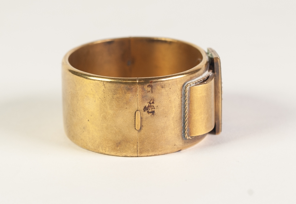 VICTORIAN GOLD COLOURED METAL HINGE OPENING BUCKLE BANGLE, 'buckle' top set with twenty three rose - Image 3 of 5
